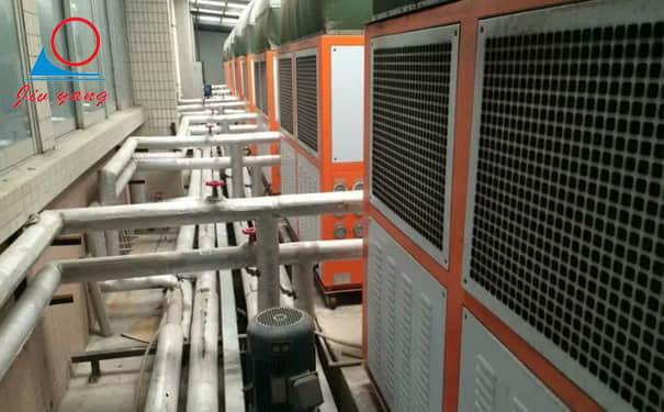 低温冷水机配套冷藏保温箱解决疫苗冷藏方案应用案例