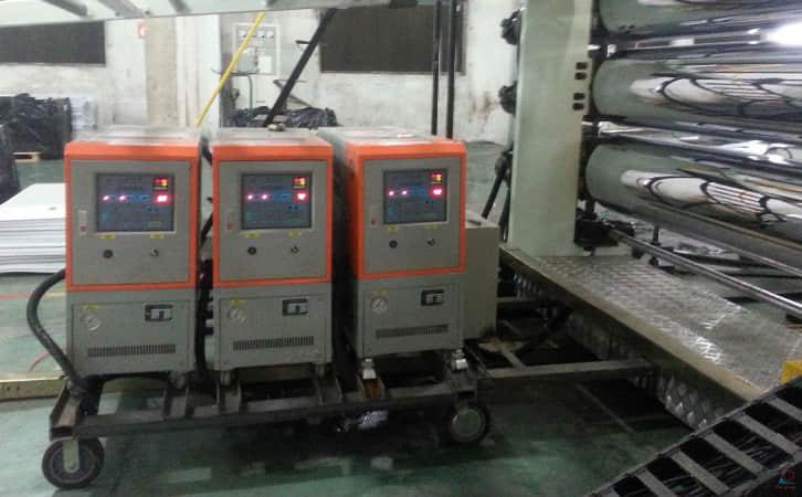 聚氨脂发泡专用配套模温机_成功案例