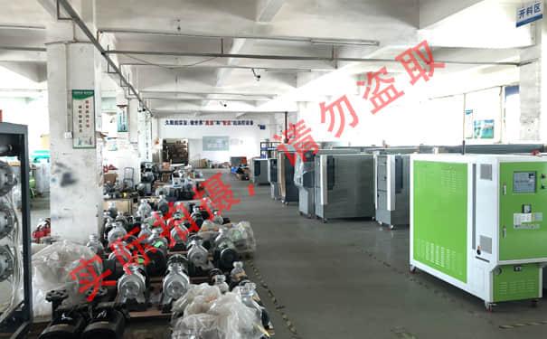 宝马娱乐bm777线路各类泵及待开料仓库